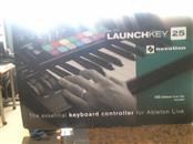 NOVATION Keyboards/MIDI Equipment LAUNCHKEY 25